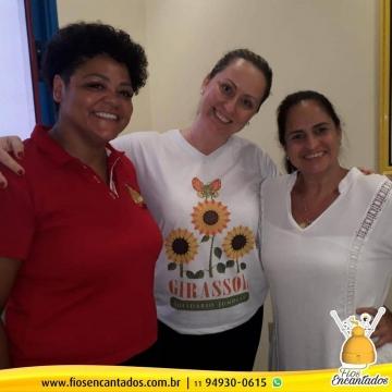 Projeto Girassol Solidário e FIos Encantados se juntam para entregar doações
